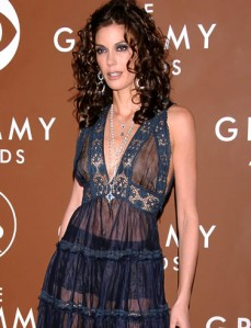 Teri Hatcher at the Grammys (www.babble.com)