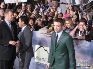 ROBERT PATTINSON ON THE RED CARPET PREMIERE NIGHT